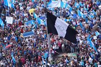 Paro Nacional 20S: Masiva asistencia de manifestantes frente a la Plaza de la Constitución