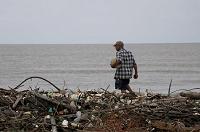 Punta de Manabique, el paraíso que se transforma en vertedero