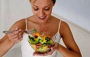 ¿Puedes librarte del cáncer comiendo sanamente?