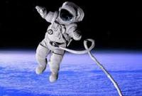Un astronauta de la NASA queda en ridículo en directo durante un paseo espacial (vídeo)
