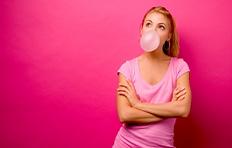 Tips para quitar la goma de mascar de tu ropa