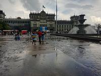 #Actualización: Finaliza manifestación en la Plaza de la Constitución