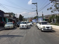 #Actualización: Manifestación de taxistas se mantiene frente al Mingob