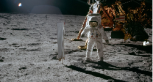 ¿Qué vio Neil Armstrong al poner el pie en la Luna?