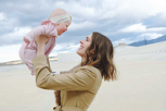 ¿La felicidad es hereditaria? La ciencia revela hallazgos sorprendentes