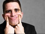 Las sonrisas exageradas en una entrevista de trabajo